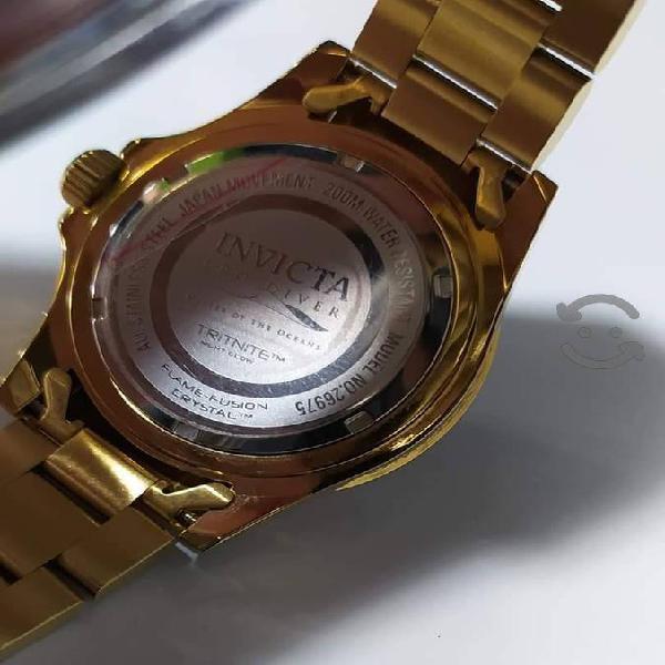 Reloj invicta Night glow