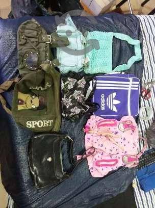 lote de bolsas y carteras