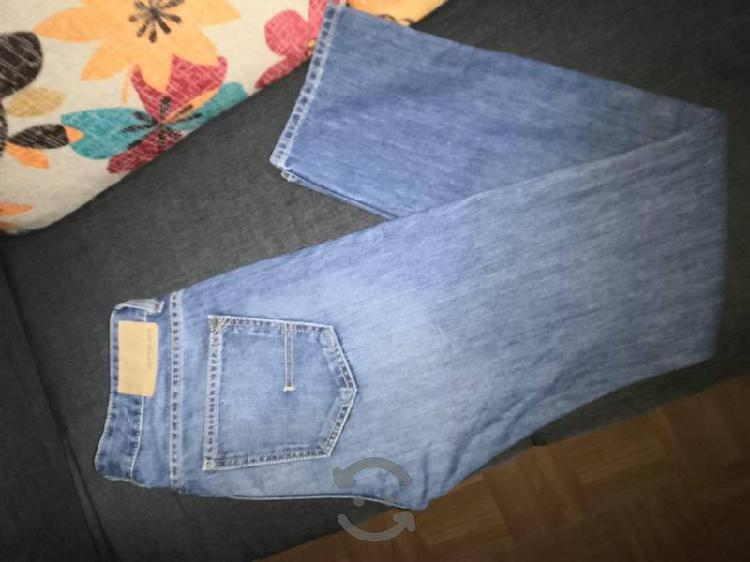 pantalón Calvin Klein talla 30