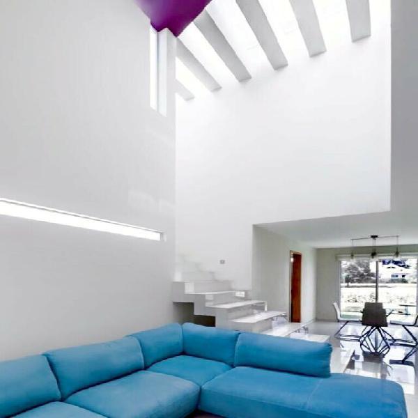 Casa en venta al Sur de la ciudad en Hacirnda Mirage