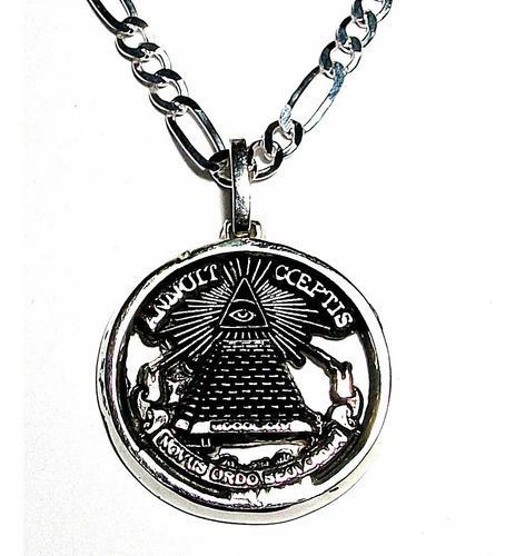 Medalla De Piramide Y Ojo Que Todo Lo Ve Con Cadena En Plata
