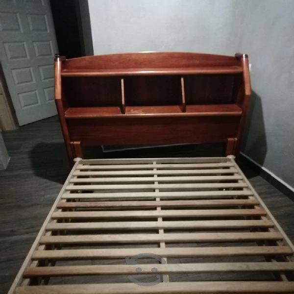 Cabecera y base de madera individual