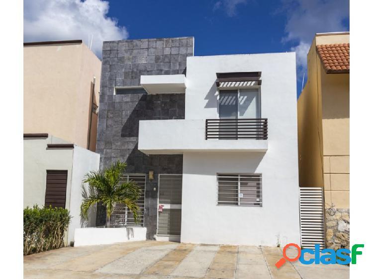 Casa en Renta SEMI-AMUEBLADA Jardines de Conkal