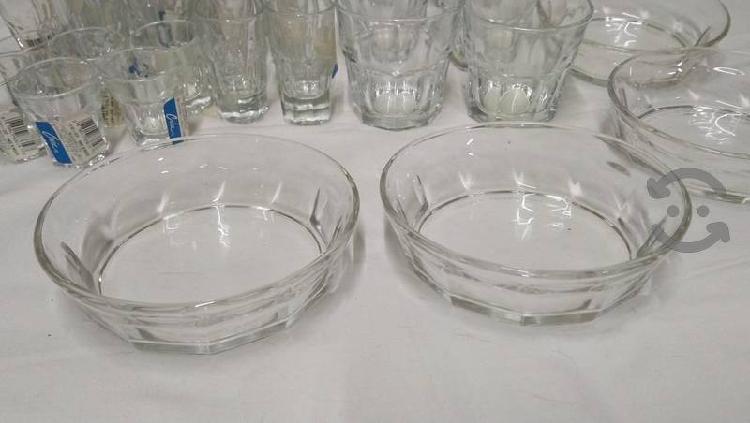 Juego de jarra, botaneros, vasos 29 piezas