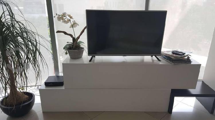 Mueble para TV tipo caja