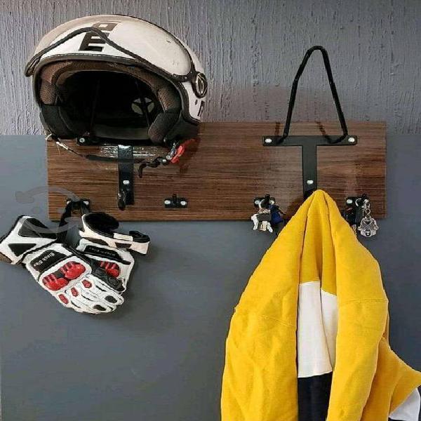 Porta cascos moto perchero doble para 2 cascos