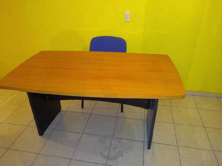 bonito escritorio a muy buen precio