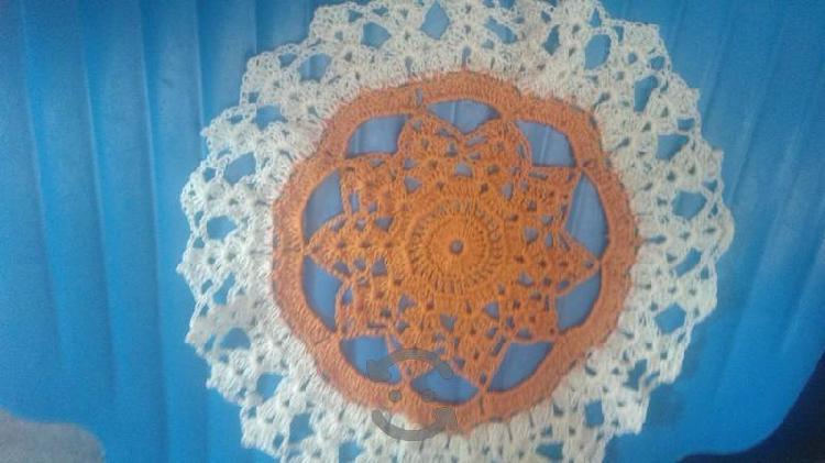 carpetas tejidas a mano