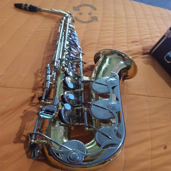 saxofon Yamaha Yas 23