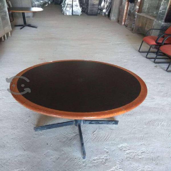 Mesa de Madera, Base de Fierro Medida 90 cm