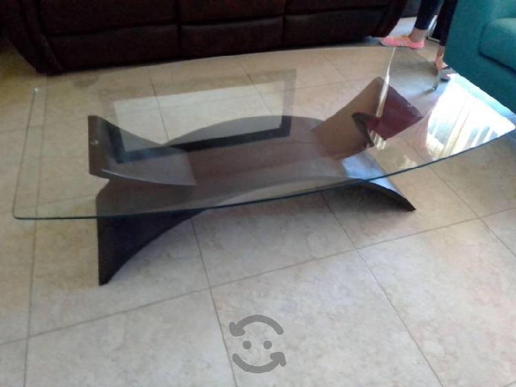 Mesa de centro madera-cristal largo 135, ancho 75