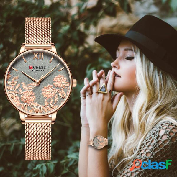 Reloj de cuarzo rosa estereoscópico geométrico de moda