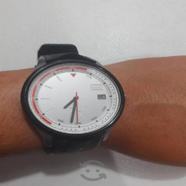 Excelente reloj Puma 102731