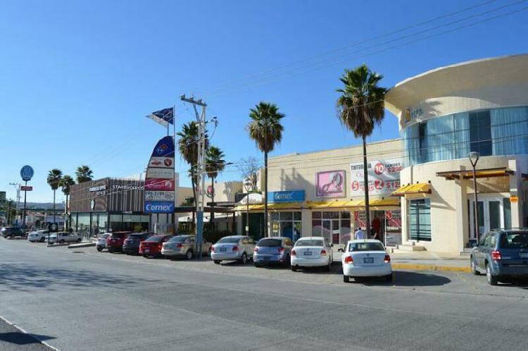 Local en Renta excelente ubicación en Plaza La Marina, Zona