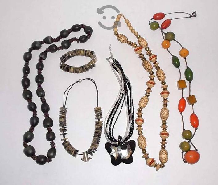 Lote de 5 collares vintage de varios materiales 70