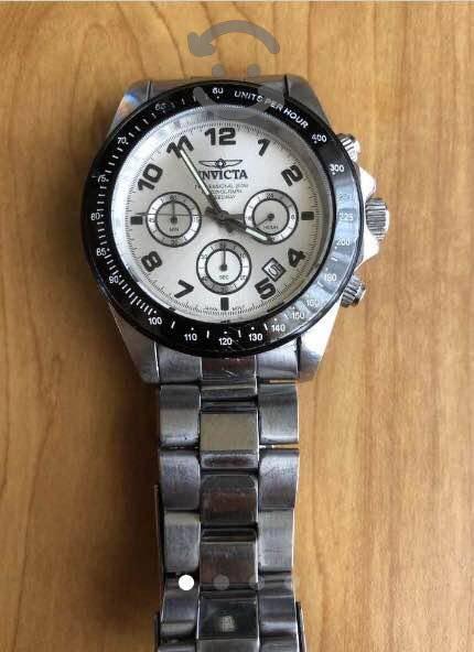Reloj Invicta modelo 10702
