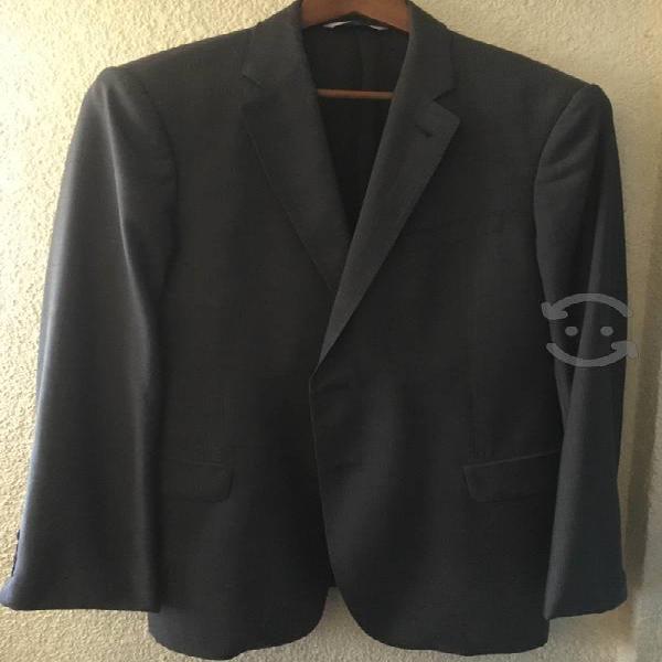 Sacos de caballero uno marca armani y corbata boss