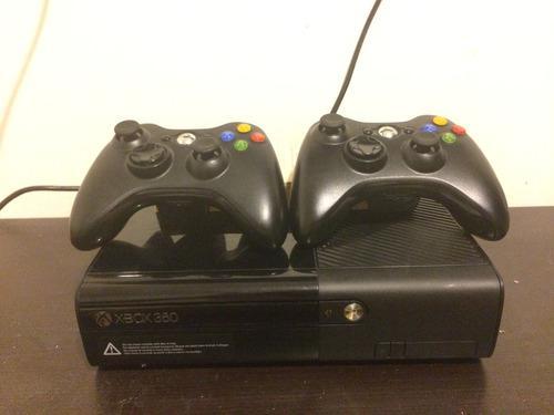 Xbox 360 Slim Con Dos Controles Y 7 Juegos