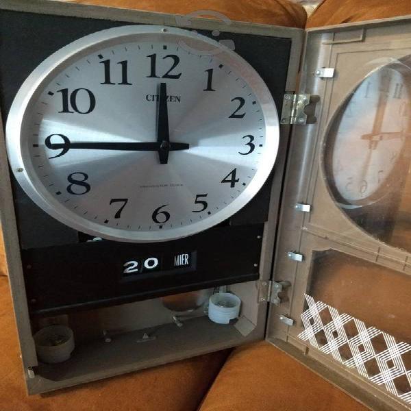 reloj citizen de pared
