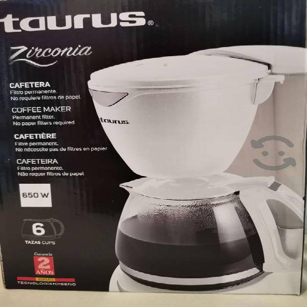 Cafetera electrica de 6 tazas taurus nueva