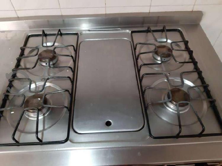 Equipada cocina integral