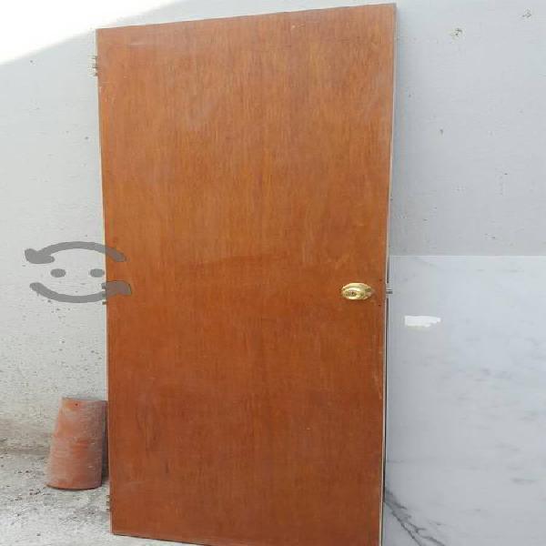 Puerta de Tambor para interior con chapa y marco