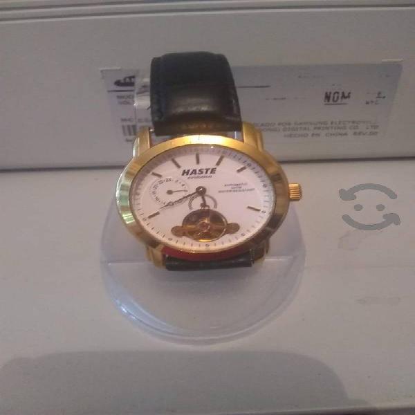 Reloj haste automático como nuevo