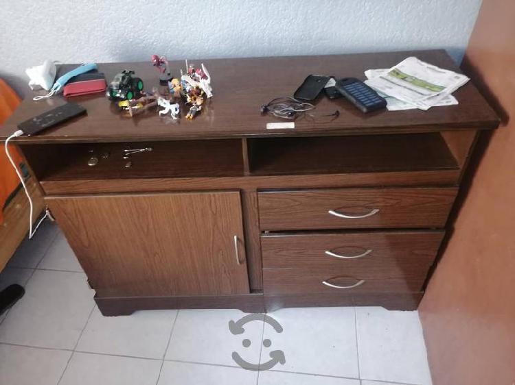 pecera de 120 lts y mueble para TV