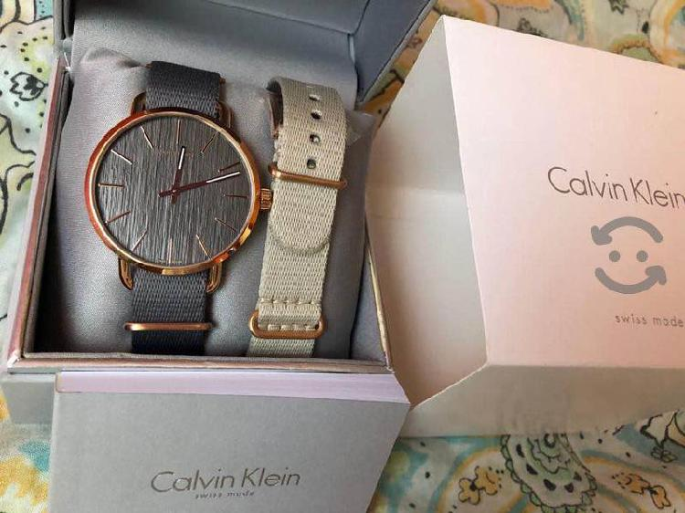 Reloj CALVIN KLEIN doble correa