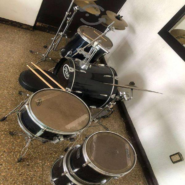 Batería Drums