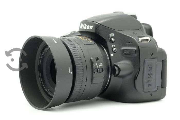 Cámara profesiona Nikon D5100, 2 lentes 35 y55-200