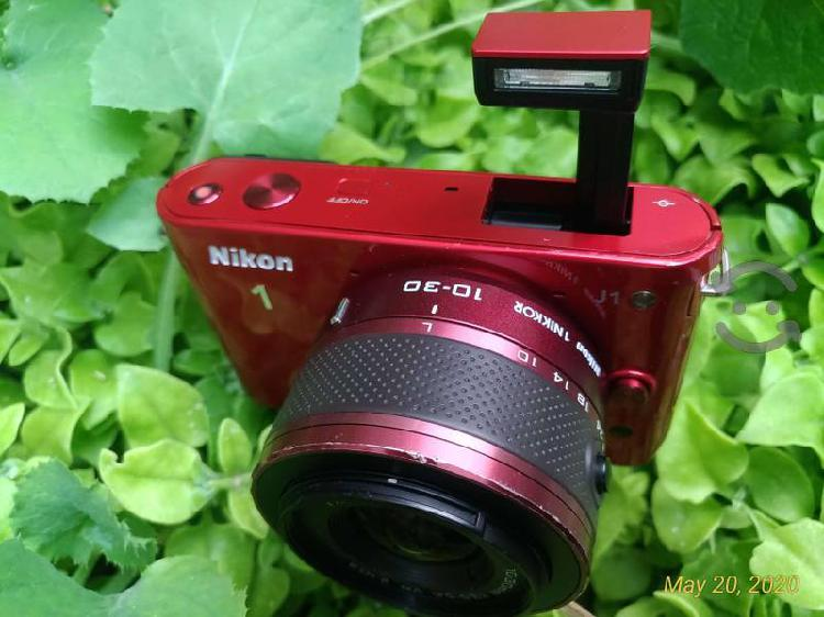 Nikon 1 j1+cargador+sd64gb+tripie+correa+lente