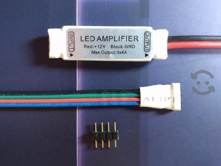 Tiras LED RGB amplifica