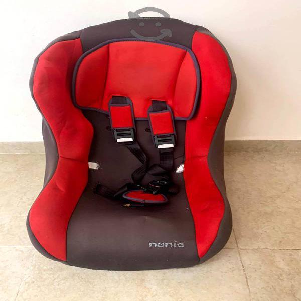 Carreola Chicco de Tijera y silla para auto