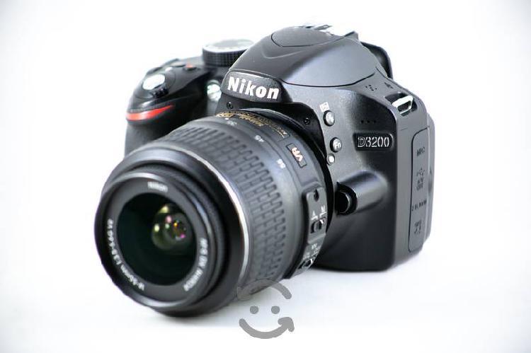 Cámara Digital Réflex Nikon D3200 Con Lente 18-55m