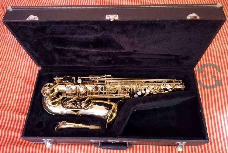 Saxofón Alto Jupiter Jas567-565 Serie 500
