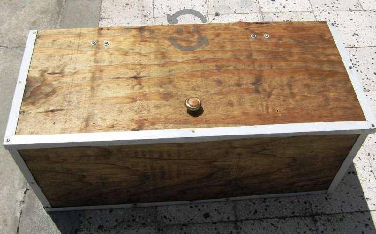 Caja de madera rustica reforzada con cerramiento