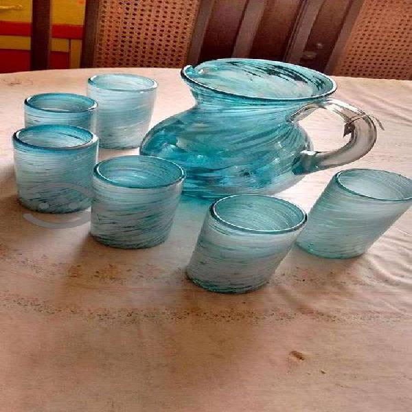 Juego jarra con vasos