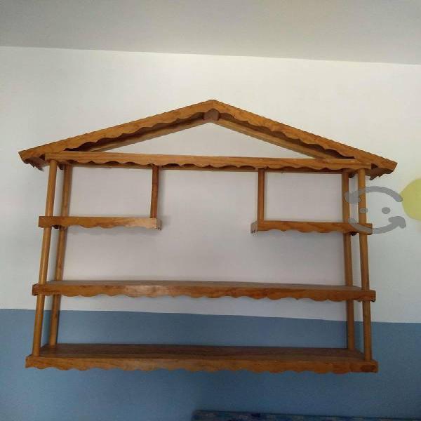 Juguetero Repisa Librero de madera pino barnizada