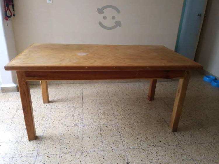 Mesa comedor de madera para 6 personas sin sillas