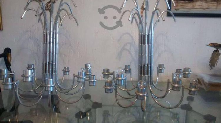Par de candelabros 80 cms