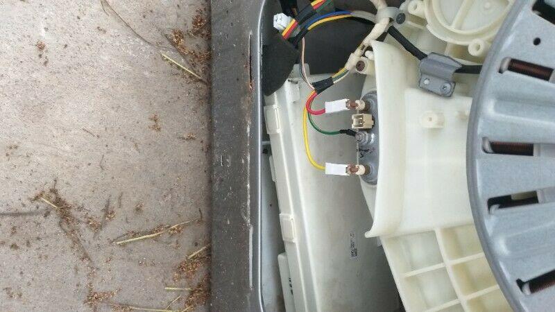 Reparación y mantenimiento de línea Blanca como lavadoras