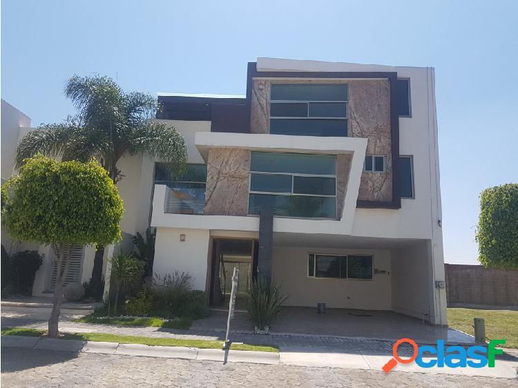 Casa en Venta 888 Lomas de Angelópolis Puebla