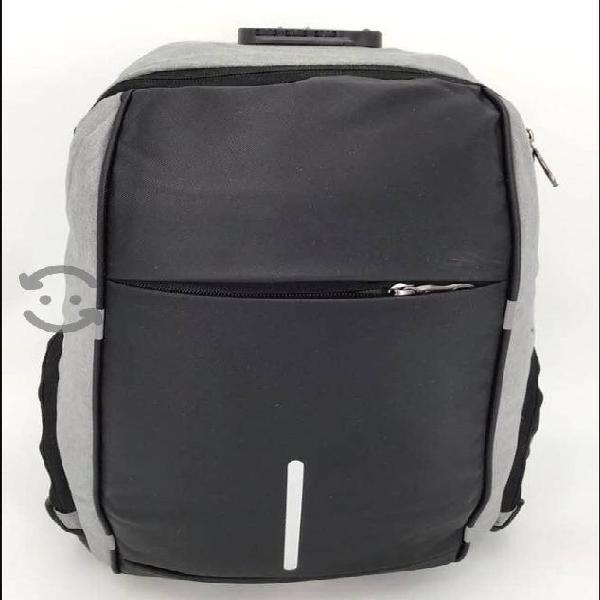 Mochila para laptop con candado incluido calidad