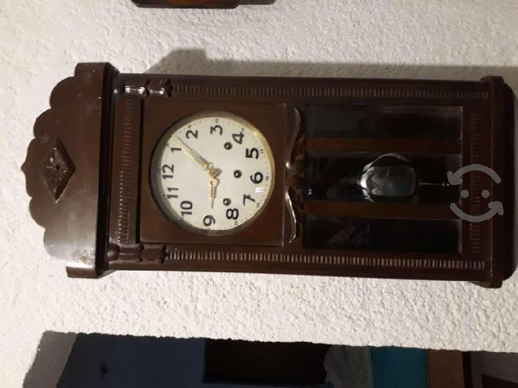 Antiguo Reloj Aleman