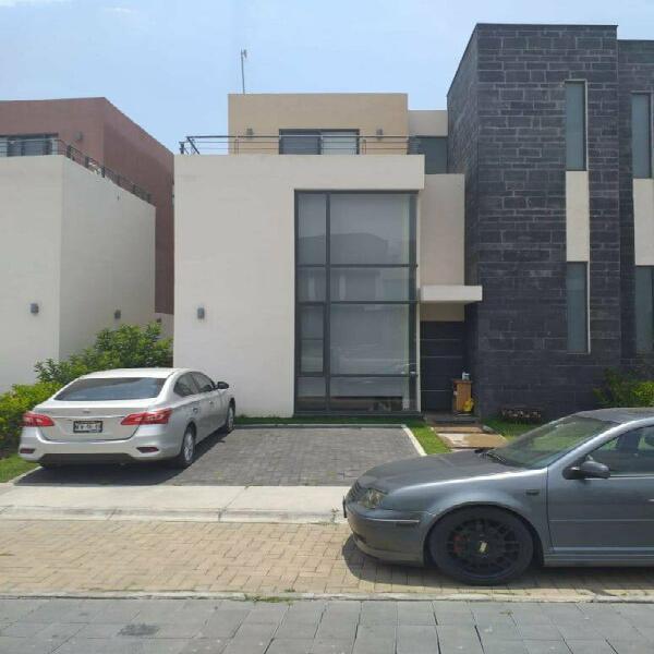 Casa en renta residencial villas del campo modelo monaco a