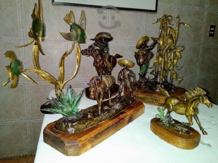 Lote de Bronce Exclusivas de Colección de Firma