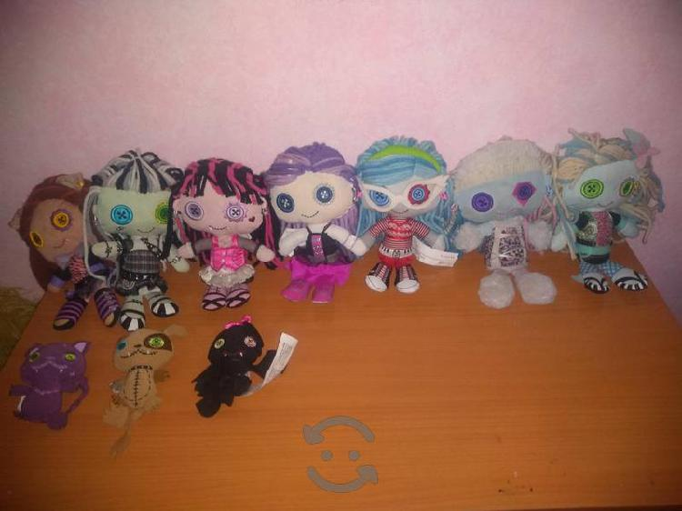 peluches originales monster high