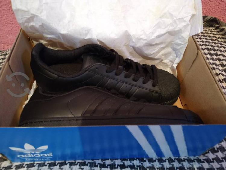 tenis Adidas original Superstar Originales (Negro)