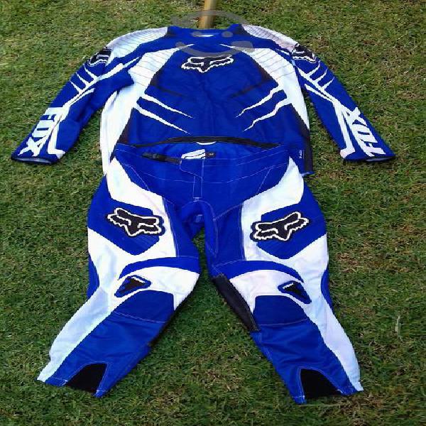traje motocross enduro FOX nuevo